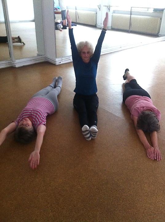 """""""Tanzen mit allen Sinnen"""" Workshop für neugierige Menschen 55+"""